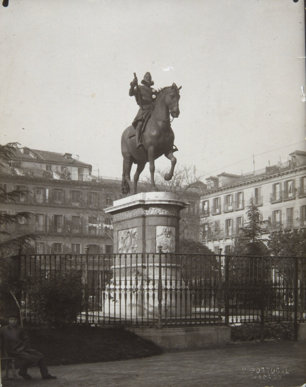 Estatua ecuestre de Felipe III en la Plaza Mayor de Madrid