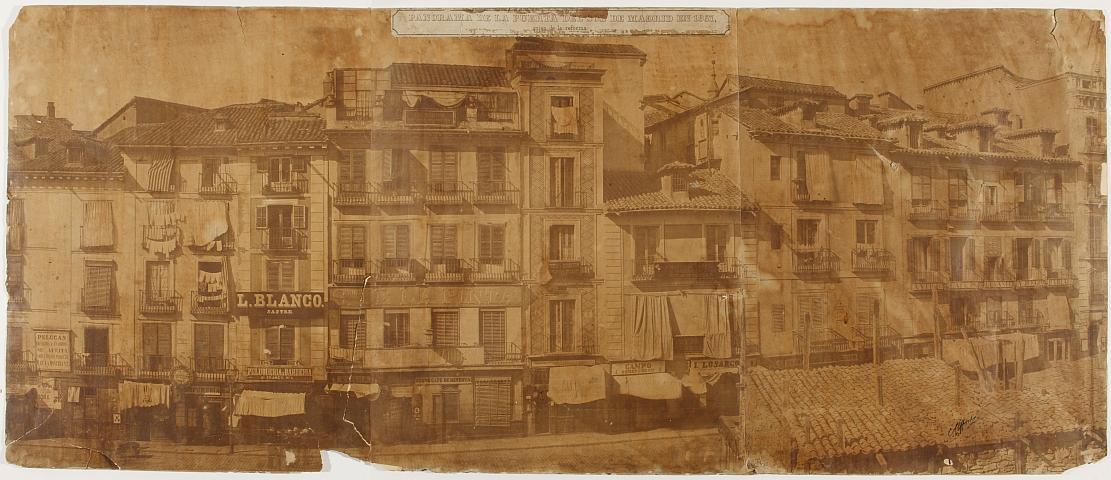 Panorámica de la Puerta del Sol en 1857, antes de la reforma